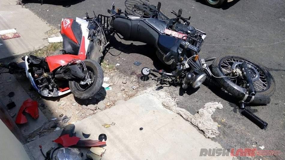मोटर साइकिल की भिड़न्त मे 3 छात्रो की मौत , 2 की हालत नाजुक