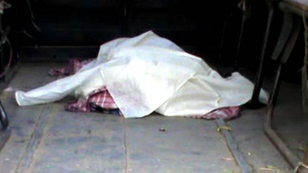 पिता ने बच्चे की गला रेतकर की निर्मम हत्या, अनजाने में किया था पिता के ऊपर टॉयलेट