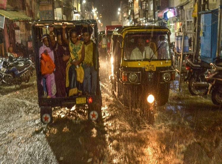 अजमेर में बारिश का कहर, पानी-पानी हुआ शहर