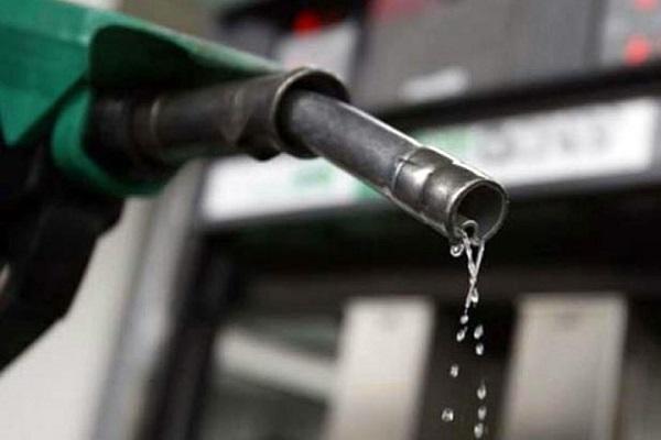फिर बढ़े पेट्रोल-डीजल के दाम, दिल्ली में 91 रूपए के करीब पहुंचा पेट्रोल