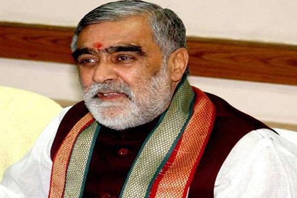 भाजपा नेता ने कोरोना वैक्सीन को संजीवनी और PM मोदी को बताया हनुमान