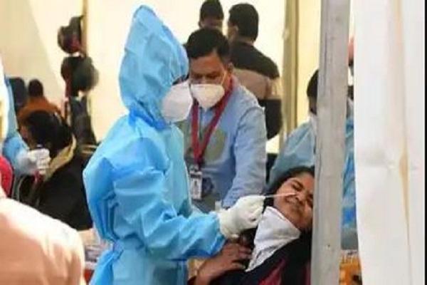 उत्तराखंड में बेकाबू हुए हालात, देहरादून में बढ़ते संक्रमण ने बढ़ाई पुलिस की टेंशन