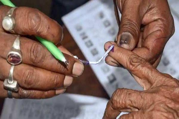 कोरोना के बावजूद बिहार में होंगे पंचायत चुनाव, अधिकारियों को प्रशिक्षण देने की तारीख घोषित