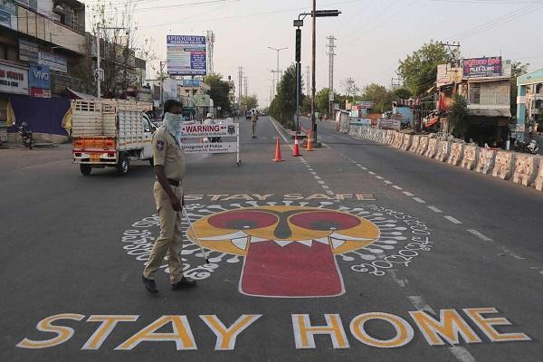 गुजरात:वलसाड के लोगों ने लगाया 10 दिन का लॉकडाउन, सरकार नहीं जागी तो दिखाई सूझबूझ