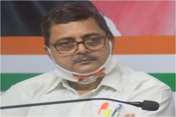 भूपेंद्र गुप्ता ने मध्य प्रदेश सरकार पर साधा निशाना, कांग्रेस ने प्रशासनिक व्यवस्था पर उठाया सवाल