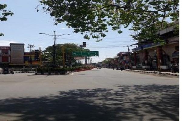 उत्तराखंड में साप्ताहिक बंदी के दौरान, बाजार और सड़कों पर पसरा सन्नाटा