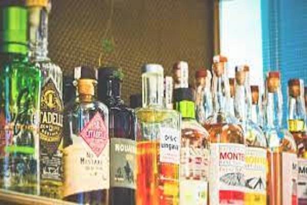 छत्तीसगढ़ में शराब की होम डिलीवरी हिट, पहले दिन ही लोगों ने खरीदी 4 करोड़ से ज्यादा की शराब