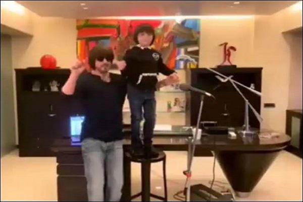 अबराम खान के बर्थडे पर सामने आया थ्रोबैक वीडियो, कोरोना पर गाना गाते दिखे शाहरुख खान, झूम उठे अबराम