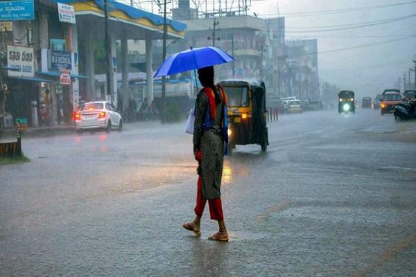 राजधानी समेत प्रदेश के कई जिलों में तेज बौछारें पड़ने के आसार, मौसम विभाग ने जारी किया यलो अलर्ट