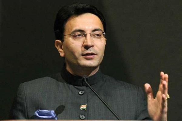 रेल मंत्री पीयूष गोयल की मौजूदगी में BJP में शामिल हुए कांग्रेस नेता जितिन प्रसाद