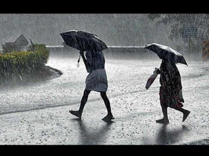 यूपी में आज से मॉनसून की दस्तक, मुंबई में भी दो दिनों तक भारी बारिश का अलर्ट