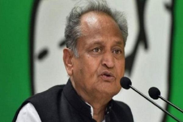 Rajasthan: पायलट खेमे के विधायक ने गहलोत सरकार पर लगाए फोन टैपिंग और जासूसी के आरोप