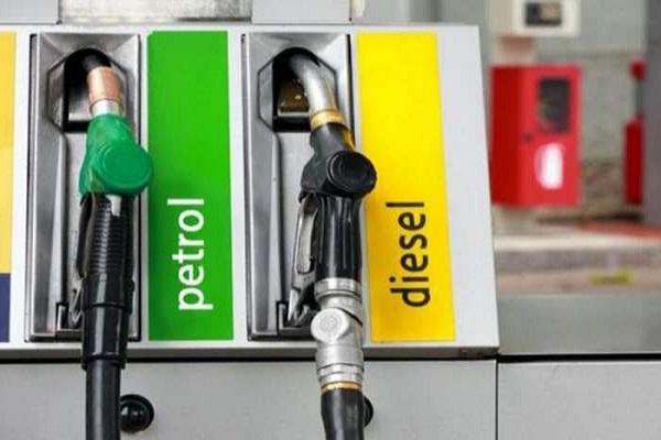 फिर बढ़े तेल के रेट, पेट्रोल 29 पैसे और डीजल 30 पैसे हुआ महंगा