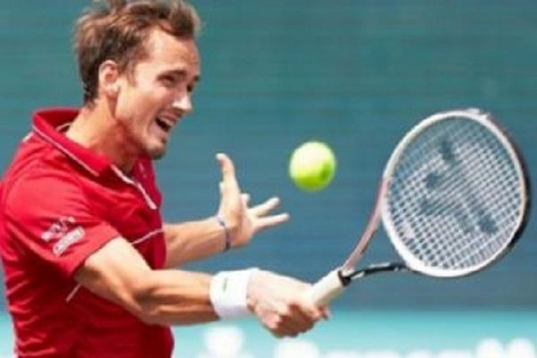मालोर्का ओपनः फाइनल में पहुंचे डेनिल मेदवेदेव, स्पेन के पाब्लो कारेनो बुस्ता को दी शिकस्त