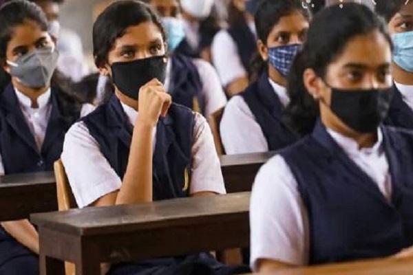 स्कूल खुलते ही फिर बढ़े कोरोना के मामले, बिहार, पंजाब, गुजरात, मध्यप्रदेश सहित इन 6 राज्यों में बच्चों में कोरोना के केस बढ़े