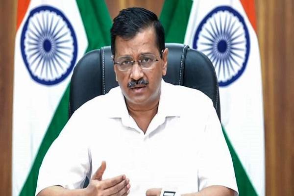 दिल्ली: केजरीवाल ने चांदनी चौक बाजार के नव विकसित हिस्से का किया उद्घाटन