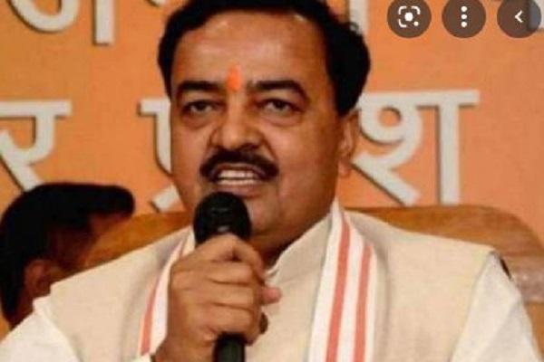 अखिलेश पर बरसे केशव प्रसाद मौर्य,कहा- 'एके 47' रख लें अपनी पार्टी का चुनाव चिन्ह