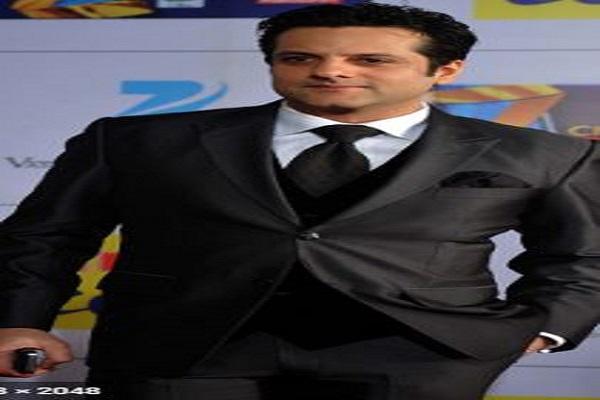 ट्रांसफॉर्मेशन  के बाद फिल्म 'विस्फोट ' से धमाकेदार वापसी करने जा रहे है Fardeen Khan,ऐसा होगा किरदार